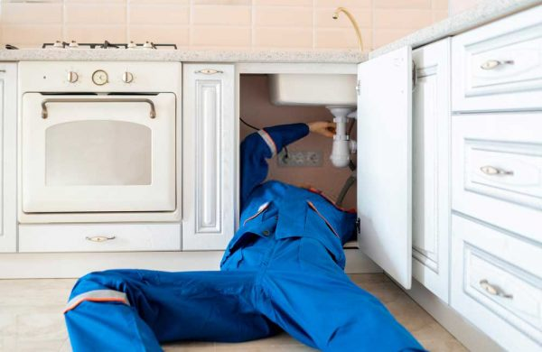 We-offer-fast-emergency-plumber-services